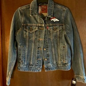 Rare Denver Broncos Denim Jacket Small - NWT